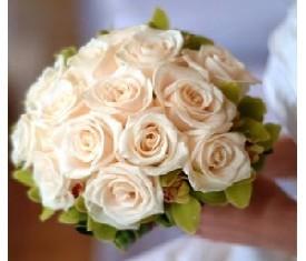 Свадебный букет из 15 Роз, 7 орхидей