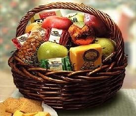 корзина подарочная фрукты и сыр