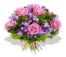 букет из 30 ирисов и 9 роз