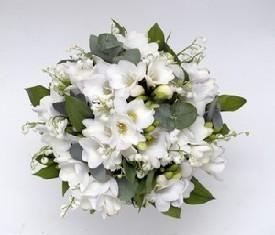 букет цветов 25 Ландышей и 39 фрезий