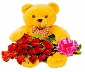19 роз и игрушка