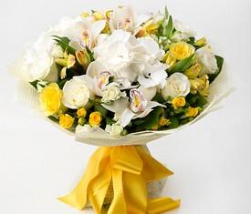 букет Орхидеи, розы и альстромерия
