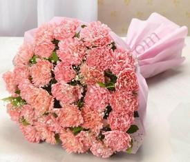 Букет из 25 цветов розовых гвоздик