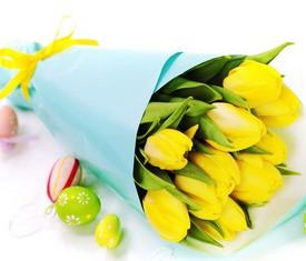 букет из 9 желтых цветов тюльпанов