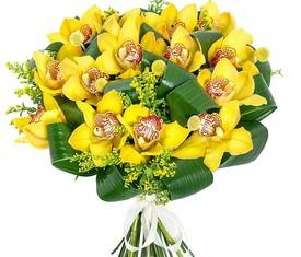 букет из желтых цветов орхидеии цимбидиум
