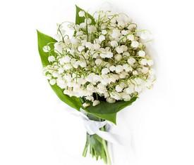 букет из 35 цветов ландышей с доставкой