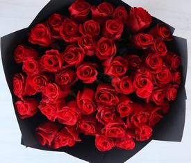 букет из 45 цветка розы гран при